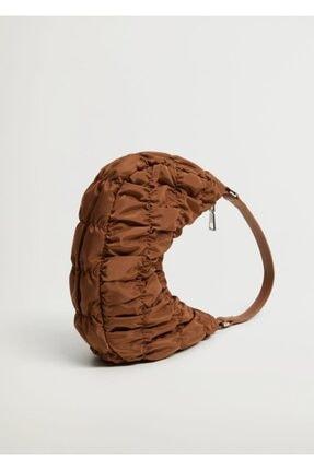 MANGO Woman Büzgülü Baguette Çanta