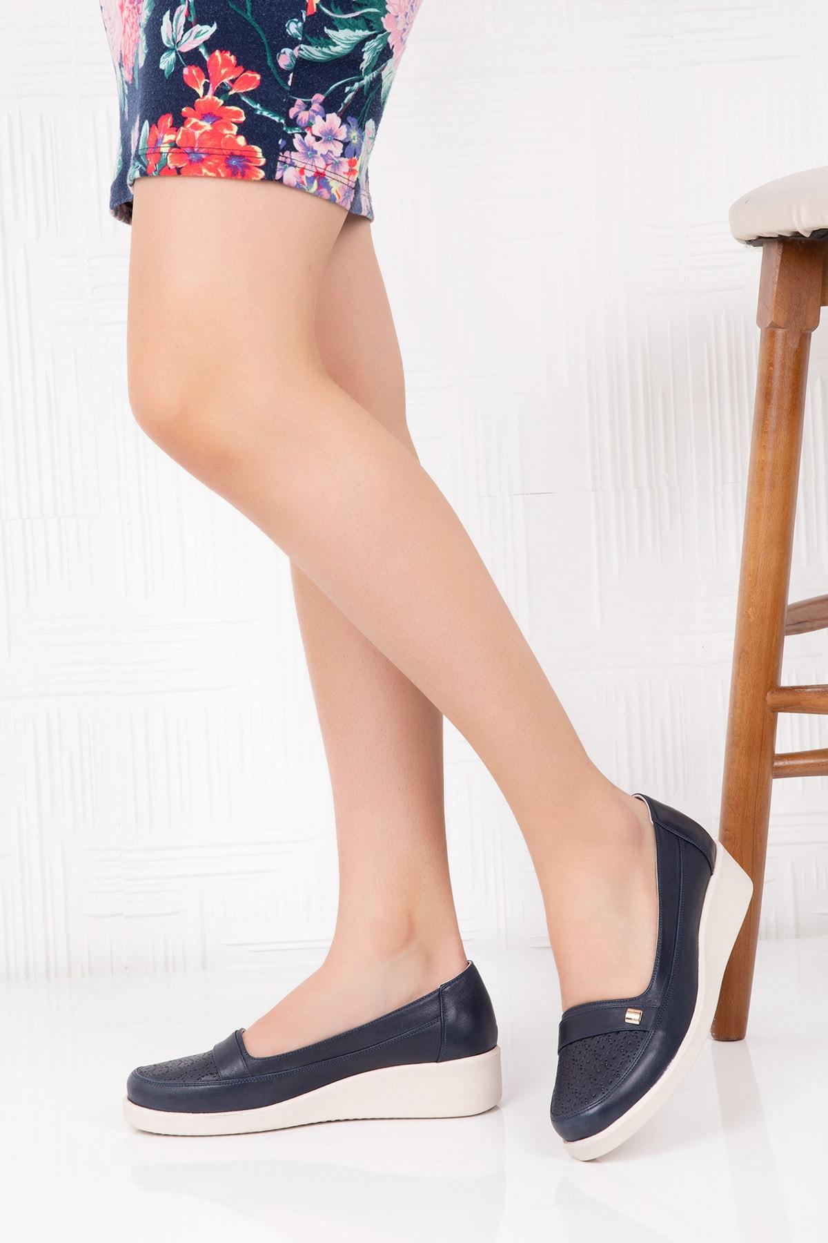 Gondol Kadın Hakiki Deri Ortopedik Taban Günlük Ayakkabı 2