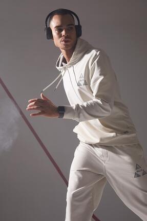 DeFacto Erkek Bej Sırtı Baskılı Standart Fit Kapüşonlu Sweatshirt