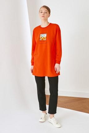 Trendyol Modest Turuncu Baskılı Örme Sweatshirt TCTSS21SW0387
