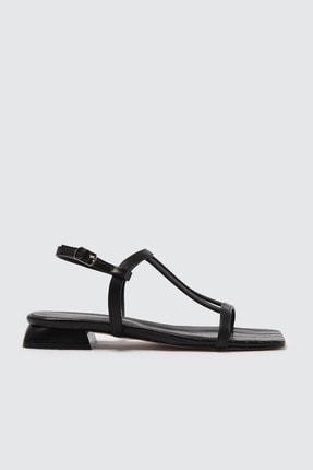 TRENDYOLMİLLA Siyah Kadın Sandalet TAKSS21SD0022