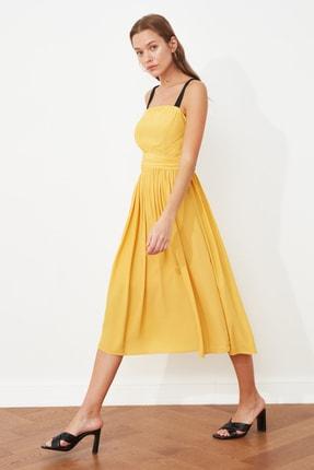 TRENDYOLMİLLA Sarı Kuşaklı Askılı Elbise TWOSS21EL2079