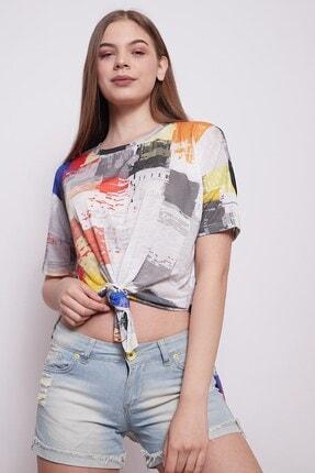 Jument Kadın Geniş Sıfır Yaka Kısa Kol Önden Bağlamalı Yırtmaçlı Rahat Kesim Tshirt