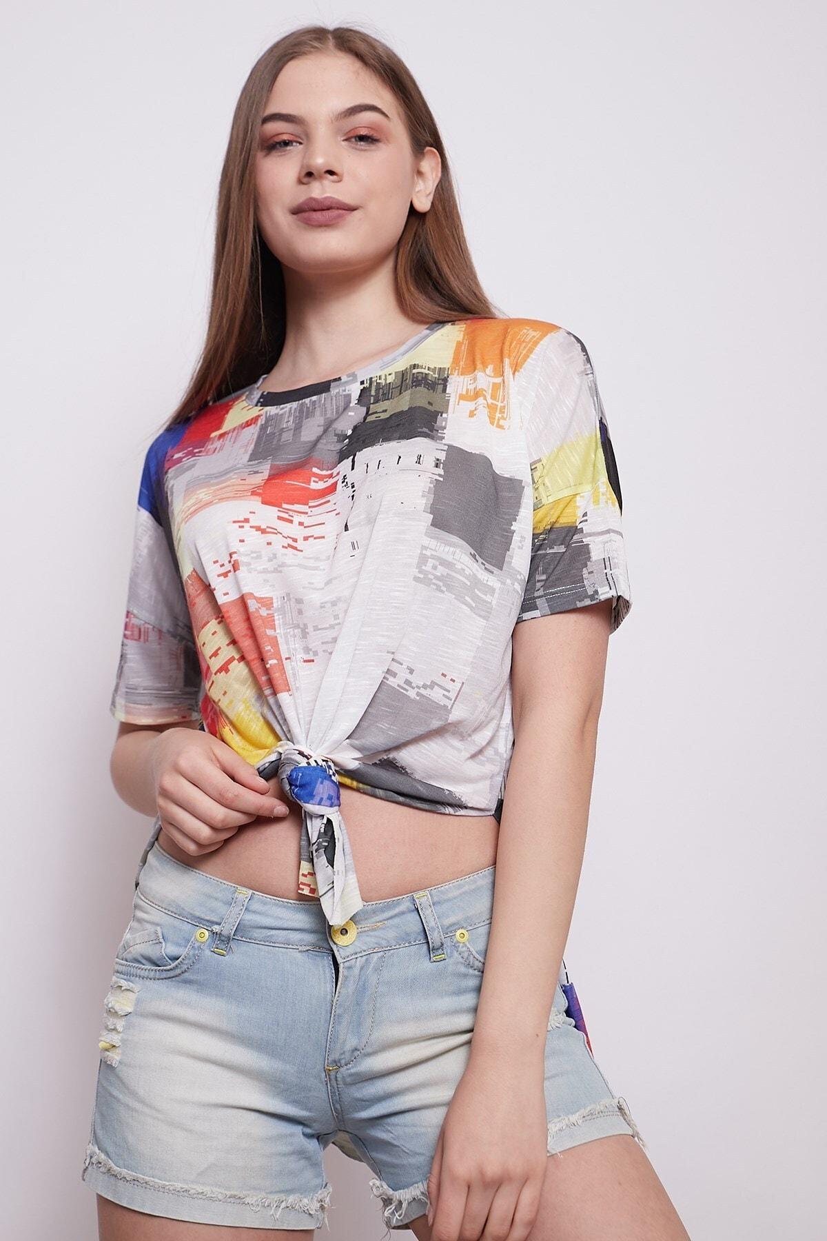 Jument Kadın Geniş Sıfır Yaka Kısa Kol Önden Bağlamalı Yırtmaçlı Rahat Kesim Tshirt 1