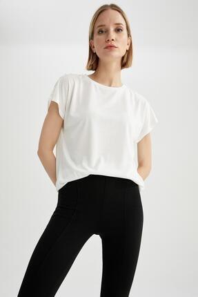 DeFacto Kadın Ekru Dantelli Yarasa Kollu T-Shirt