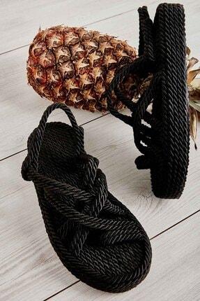 Bambi Siyah Kadın Hasır Sandalet K05787020476
