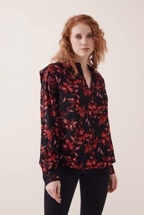 Gusto Kadın Siyah Vatkalı Çiçek Desenli Gömlek