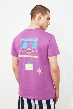 TRENDYOL MAN Lila Erkek Regular Fit Kısa Kollu Baskılı T-Shirt TMNSS21TS3265