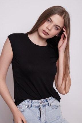 Jument Kadın Siyah Geniş Sıfır Yaka Düşük Omuzlu Penye Likralı Kolsuz T-Shirt