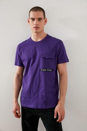 TRENDYOL MAN Mor Erkek Regular Fit Kısa Kollu Cep Detaylı T-Shirt TMNSS21TS2491