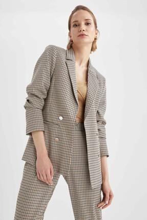 DeFacto Kadın Bej Retro Spirit Kareli Relax Fit Blazer Ceket