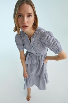 DeFacto Kadın Lacivert Volan Detaylı Gömlek Yaka Elbise
