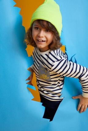 DeFacto Erkek Çocuk Çizgili Yazı Baskılı Sweatshirt