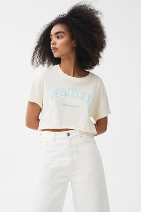 Pull & Bear Kadın Kolej Crop T-shirt