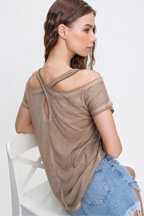 Trend Alaçatı Stili Kadın Bej Sırtı Çapraz Bantlı Yıkamalı Bluz MDA-1164