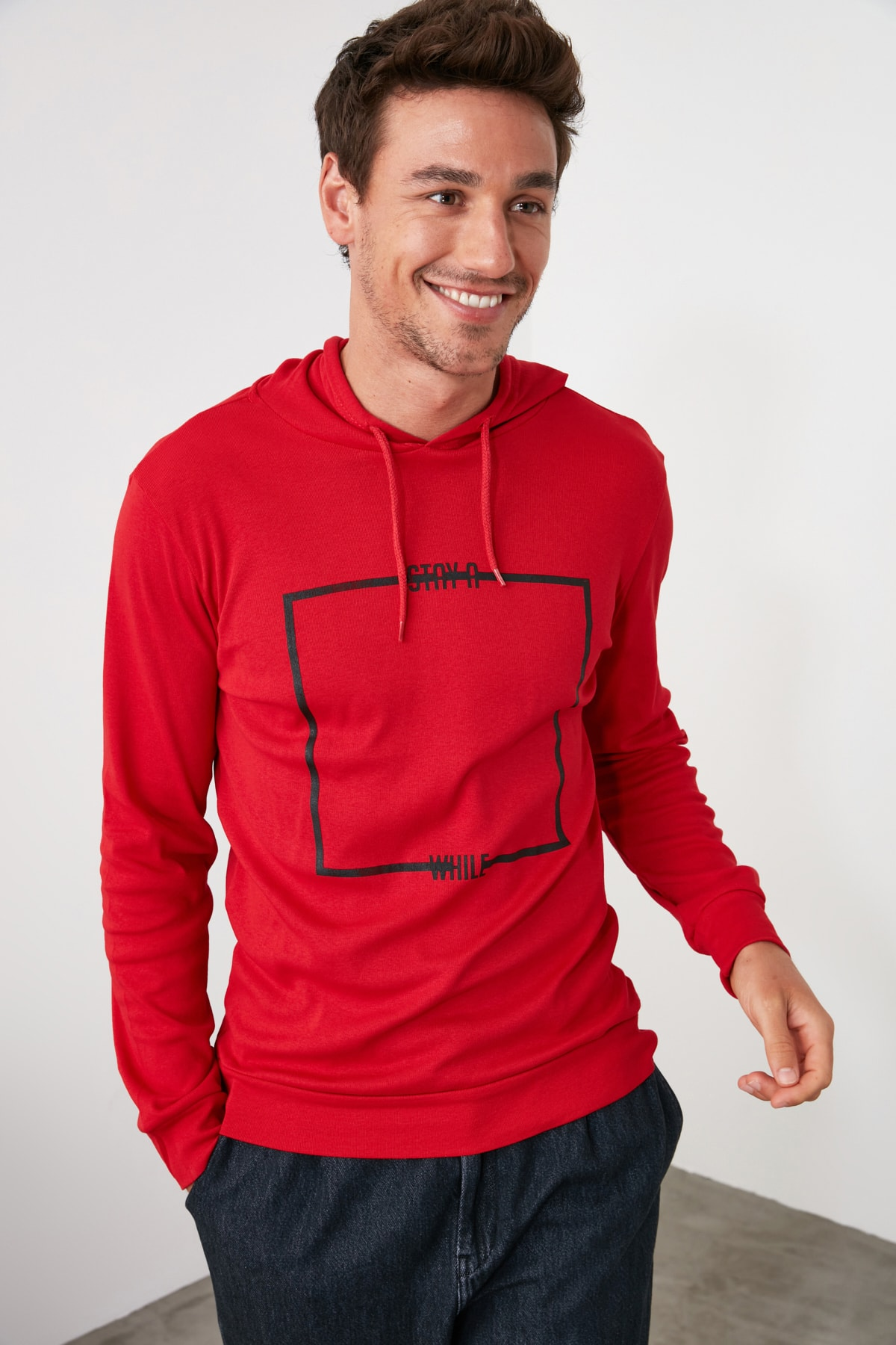 TRENDYOL MAN Kırmızı Erkek Baskılı Kapüşonlu Regular T-Shirt TMNAW21TS0216 2