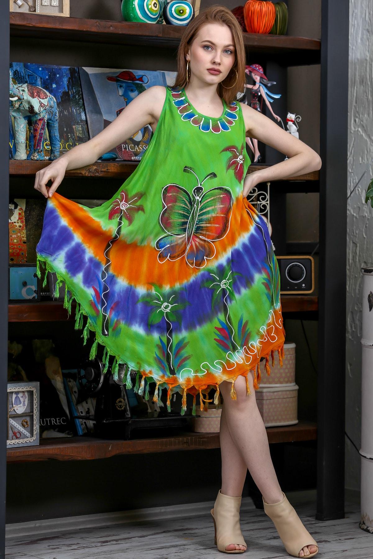 Chiccy Kadın Yeşil Batik Dev Kelebek Desenli Salaş Etek Ucu Saçaklı Dokuma Elbise M10160000EL95140