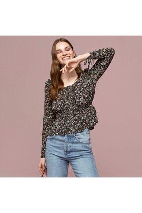 Mudo Kadın Siyah Yakası Açık Çiçekli Bluz