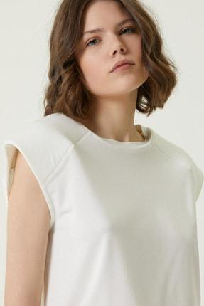 Network Kadın Basic Fit Beyaz Kol Detaylı T-shirt 1079441