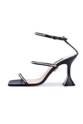 Flower Kadın Siyah Deri Taşlı Sandalet