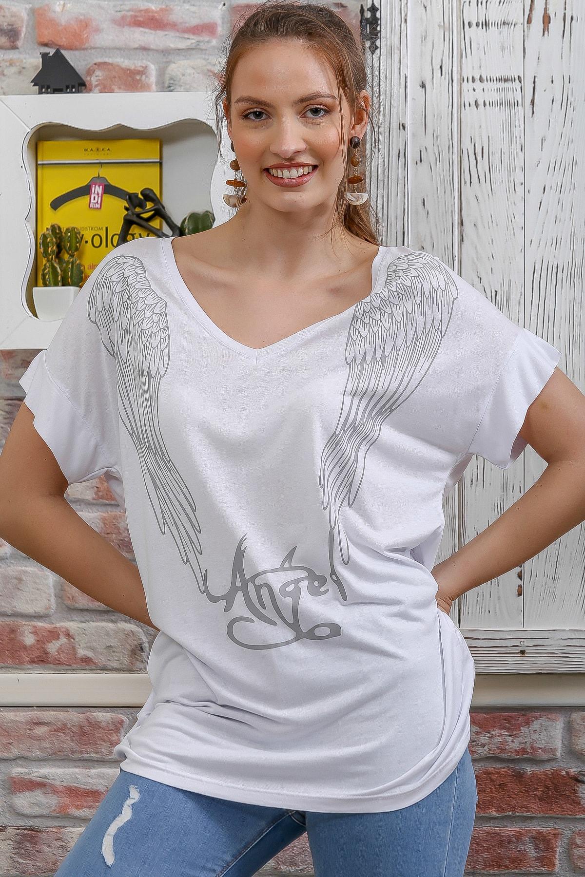Chiccy Kadın Beyaz Ön Arka V Yaka Kanat Baskılı Salaş T-Shirt M10010300TS98285