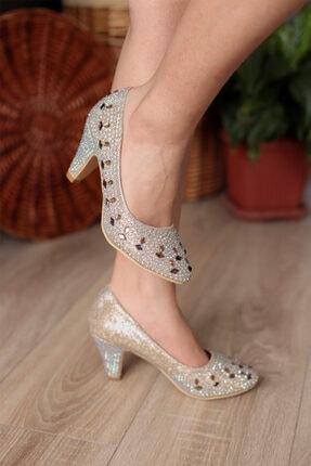 PUNTO Kadın Altın Renk Taş İşlemeli Topuklu Ayakkabı