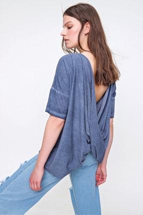 Trend Alaçatı Stili Kadın İndigo Sırt Dekolteli Yıkamalı Bluz MDA-1172