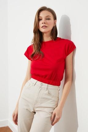 TRENDYOLMİLLA Kırmızı Crop Büzgü Detaylı Örme Bluz TWOSS21BZ1986