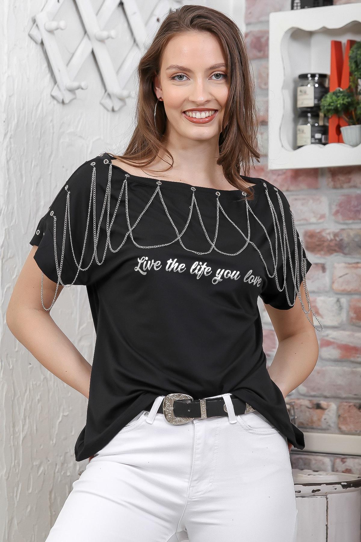 Chiccy Kadın Siyah Kayık Yaka Zincir Detaylı Baskılı T-Shirt M10010300TS98268