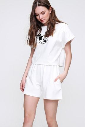 Trend Alaçatı Stili Kadın Beyaz Bisiklet Yaka Baskılı Şortlu Pijama Takımı ALC-X6323