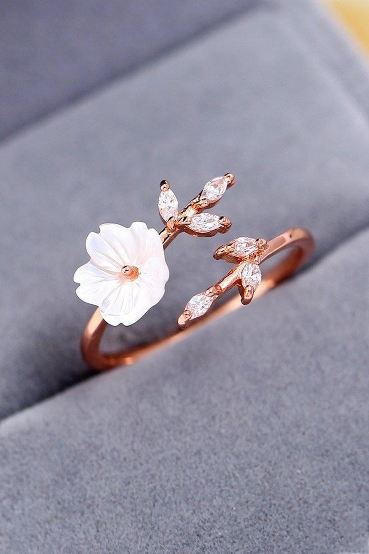 MELODİ GÜMÜŞ Kadın Beyaz  14k Rose Altın Kaplama Manolya Çiçeği Ayarlanabilir Yüzük 1