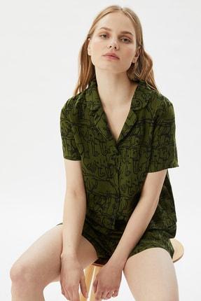 TRENDYOLMİLLA Yeşil Baskılı Dokuma Pijama Takımı THMSS21PT0861