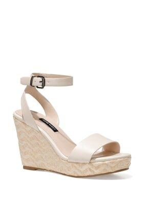 Nine West Kadın Beyaz Dolgu Topuklu Sandalet
