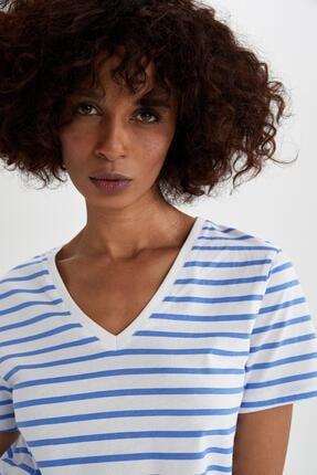 DeFacto Kadın Mavi Çizgili V Yaka Relax Fit Kısa Kollu Tişört