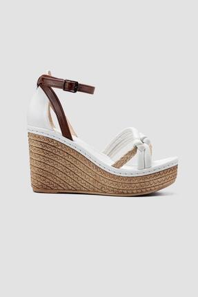 Limoya Olena Beyaz Hasir Detayli Yüksek Dolgu Topuklu Sandalet