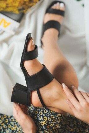 DİVOLYA Kadın Siyah   Lexa Arkadan Bantlı Topuklu Günlük Kullanım Sandalet