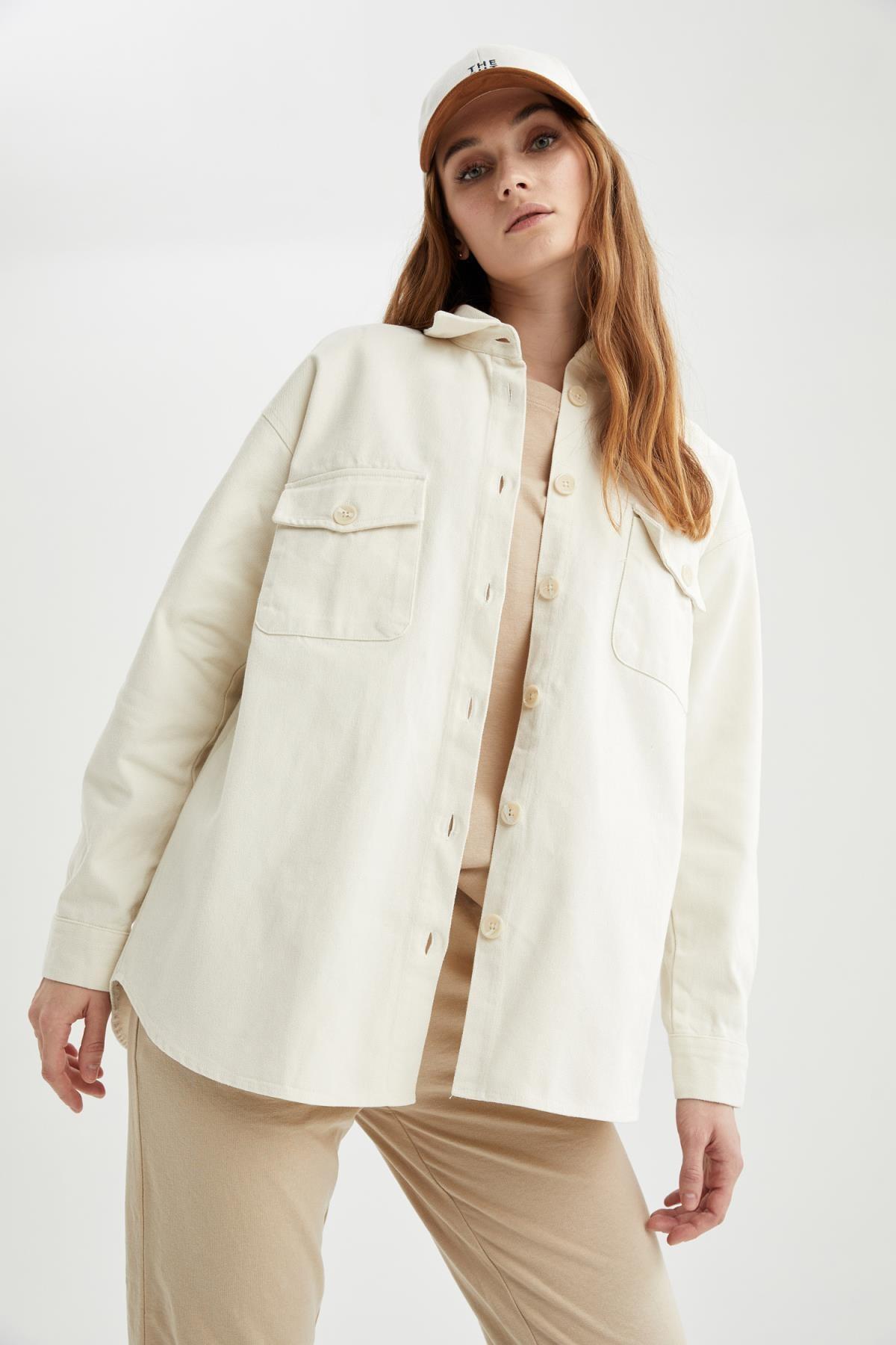 DeFacto Retro Düğmeli Cep Detaylı Oversize Fit Tunik Ceket