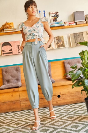 Olalook Kadın Mint Yeşili Cepli Paça Detaylı Pileli Pantolon PNT-19000117