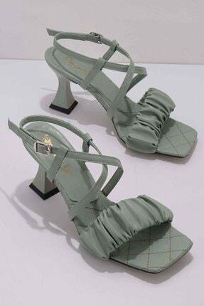 Bambi Su Yeşili Kadın Klasik Topuklu Ayakkabı K05887030009