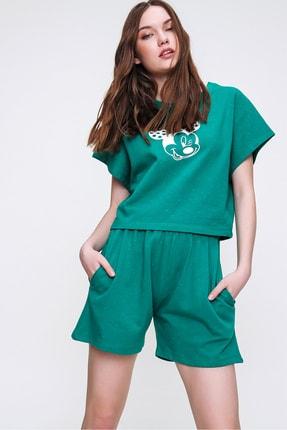 Trend Alaçatı Stili Kadın Yeşil Bisiklet Yaka Baskılı Şortlu Pijama Takımı ALC-X6323