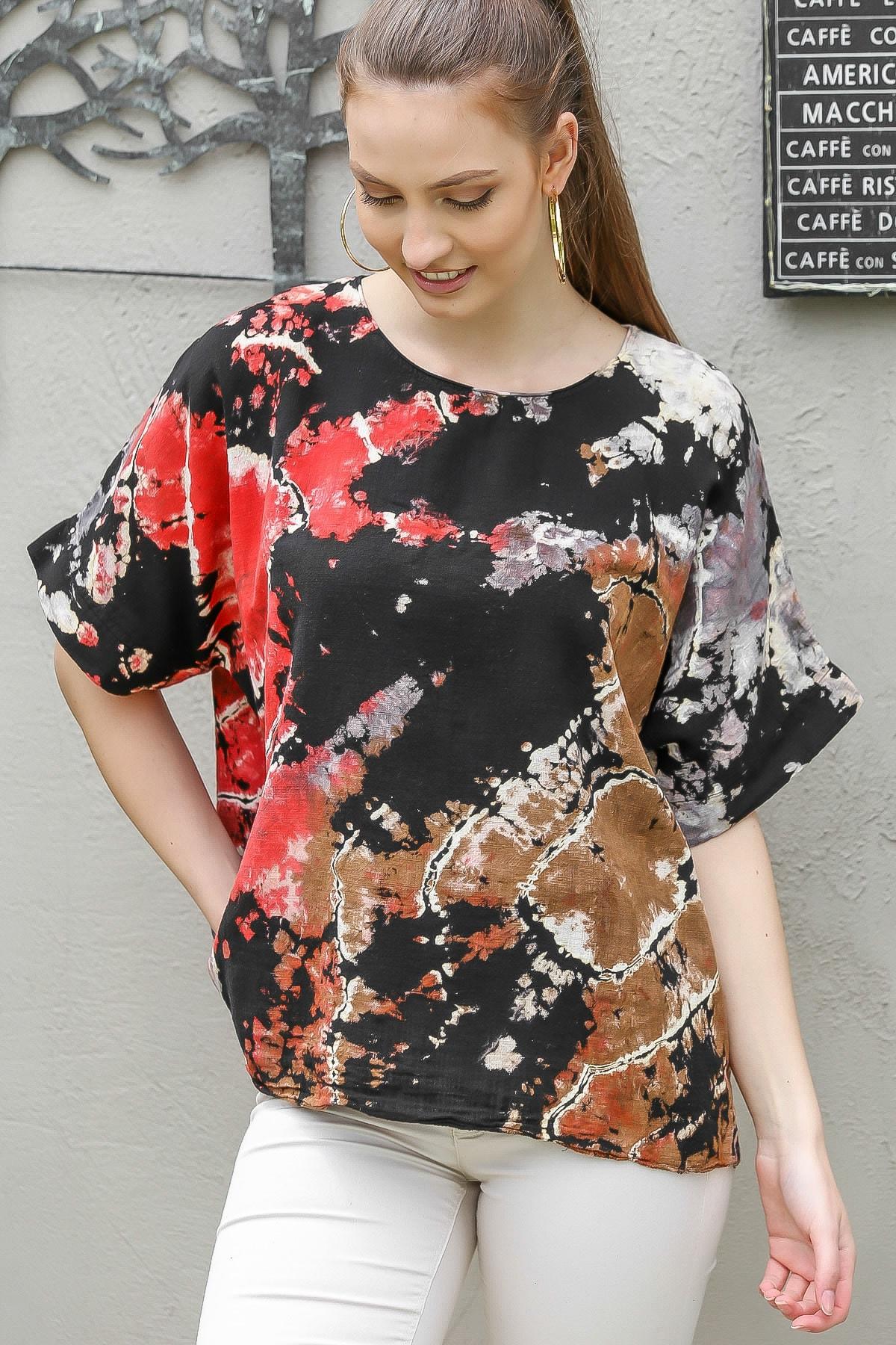 Chiccy Kadın Siyah-Kırmızı Sıfır Yaka Batik Desenli Dokuma Salaş Bluz M10010200BL95416