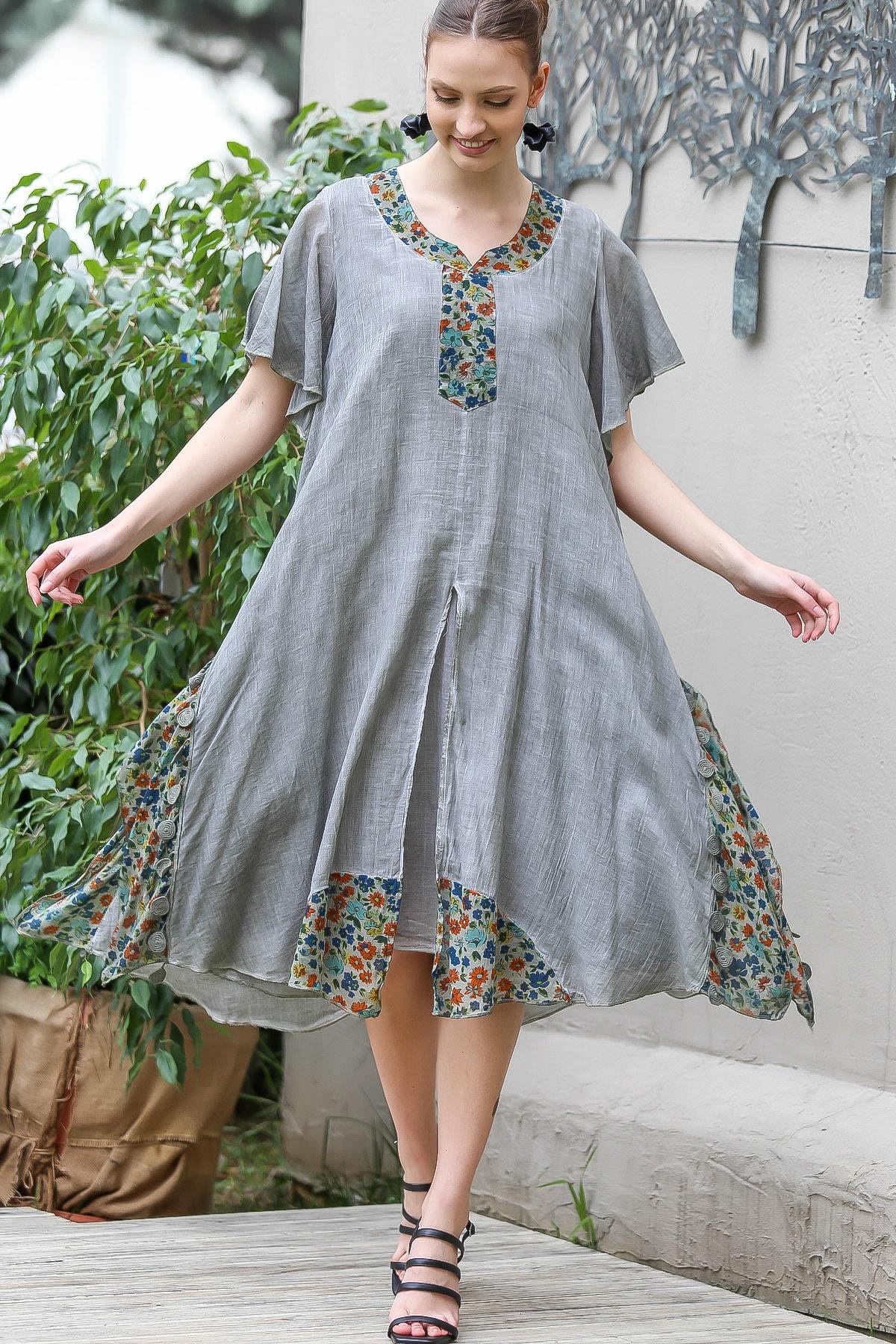 Chiccy Kadın Gri Çiçek Desenli Yaka Ve Etek Ucu Bloklu Yırtmaçlı Astarlı Yıkamalı Elbise M10160000EL95065
