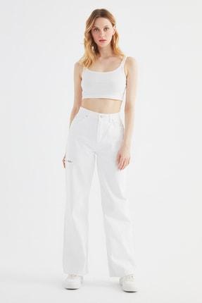 TRENDYOLMİLLA Beyaz Yırtık Detaylı Yüksek Bel 90's Wide Leg Jeans TWOSS21JE0700