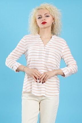 Arlin Kadın Hakim Yaka Çizgili Düğmeli Arkası Uzun Cepli Tam Kalıp Taba Beyaz Gömlek