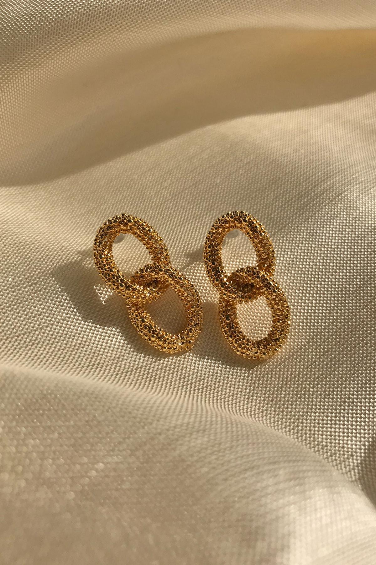Bade Takı Kadın Altın Rengi Burgu Küpe 2