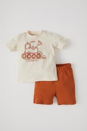 DeFacto Erkek Bebek Bej Baskılı Kısa Kol T-shirt Ve Şort Takımı