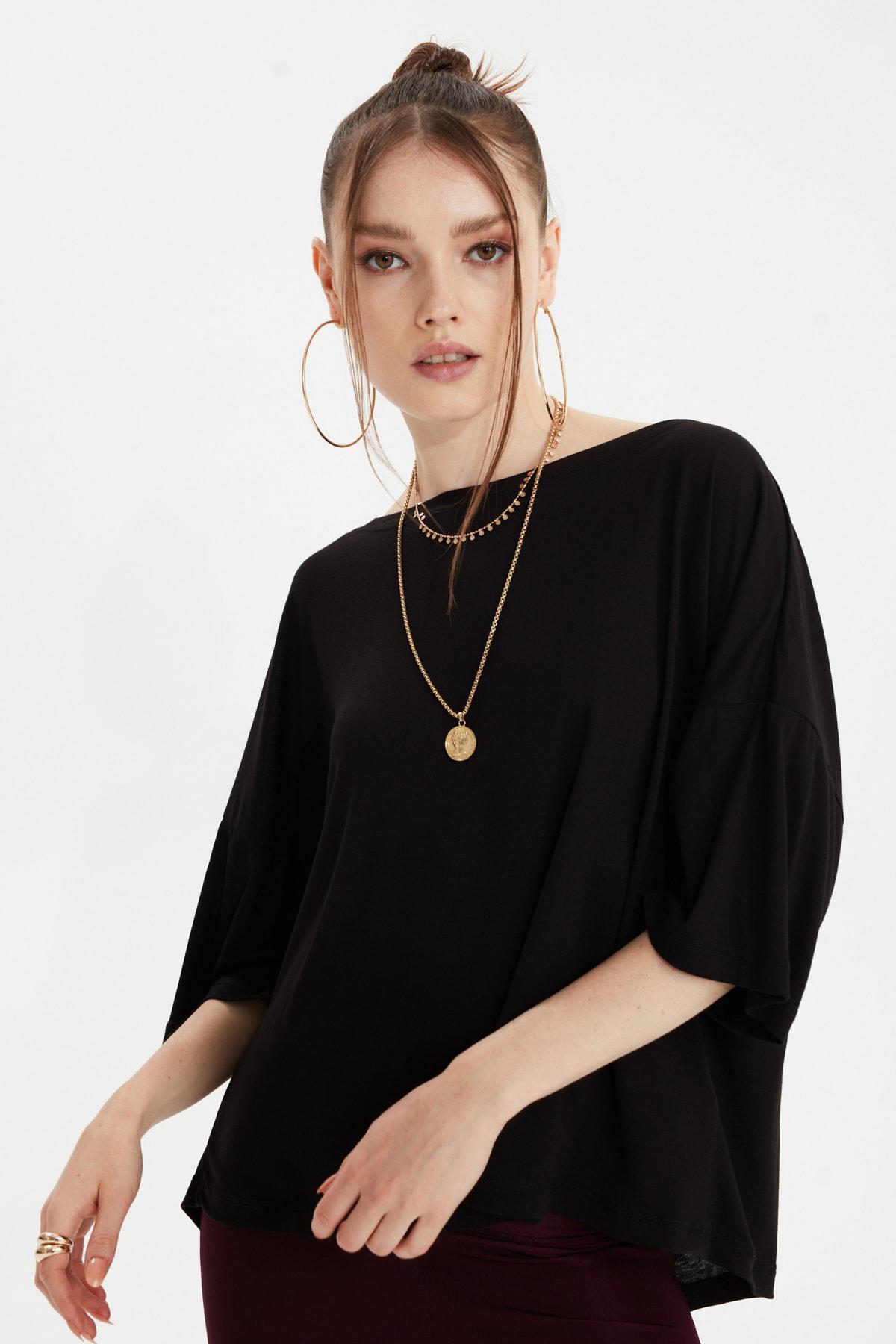 TRENDYOLMİLLA Siyah Sırt Detaylı Örme Bluz TWOSS20BZ1040 2