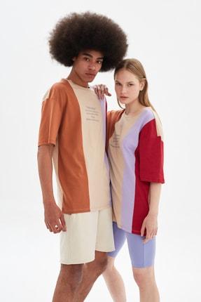 TRENDYOL MAN Çok Renkli Unisex Oversize Renk Bloklu T-Shirt TMNSS21TS3362