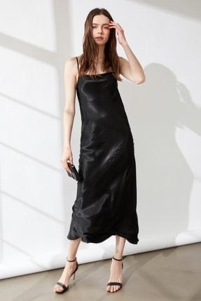 AYHAN Sırt Detaylı Saten Elbise