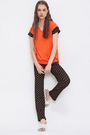 Trend Alaçatı Stili Kadın Turuncu V Yaka Puantiyeli Pijama Takımı ALC-X6398